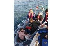 Muğla'da karaya oturan motoryatta 35 düzensiz göçmen yakalandı