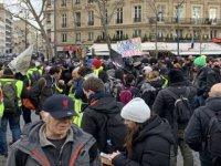 Fransa'da sarı yeleklilerin gösterileri 57. haftasında