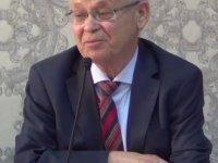 Tarihçi profesör Salim Koca son yolculuğuna uğurlandı