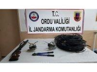 Ordu'da hırsızlık ve uyuşturucu operasyonunda yakalanan 3 kişi tutuklandı