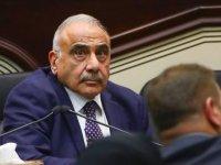 Irak Başbakanı, füzelerin ABD Büyükelçiliğine isabet ettiğini duyurdu