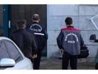 GÜNCELLEME - Düzce'de eşini bıçakla öldürdüğü öne sürülen zanlı tutuklandı