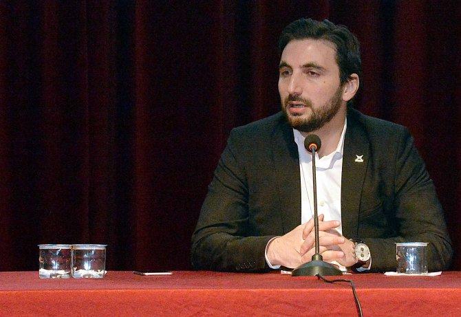 """""""Yeni ve Büyük Türkiye Yolundaki Gençlik"""" konferansı"""