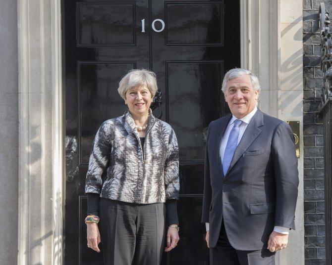 May-Tajani görüşmesi