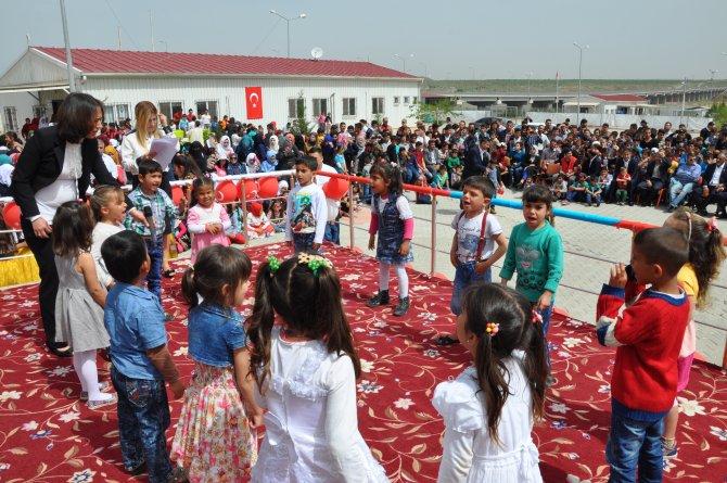 Suriyeli çocukların 23 Nisan coşkusu
