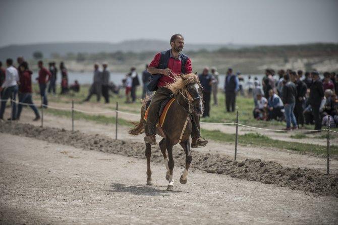 Rahvan at yarışlarında sezon başladı