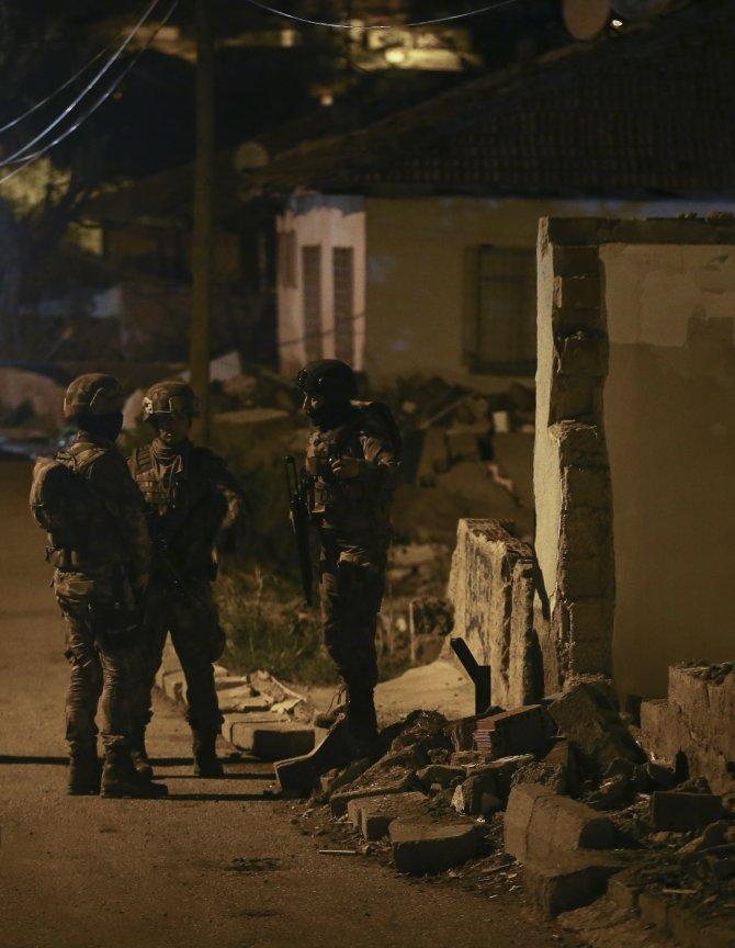 GÜNCELLEME - Başkentte polise silahlı saldırı