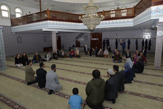Hollanda'da Açık Cami Günü