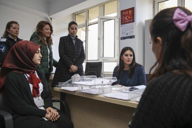 Sarıeroğlu'dan başvuru yapan taşeron işçilere ziyaret