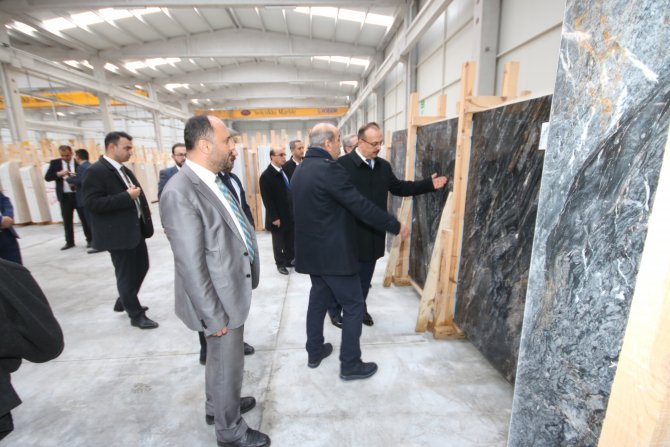 Vali Canbolat, Beyşehir'i ziyaret etti