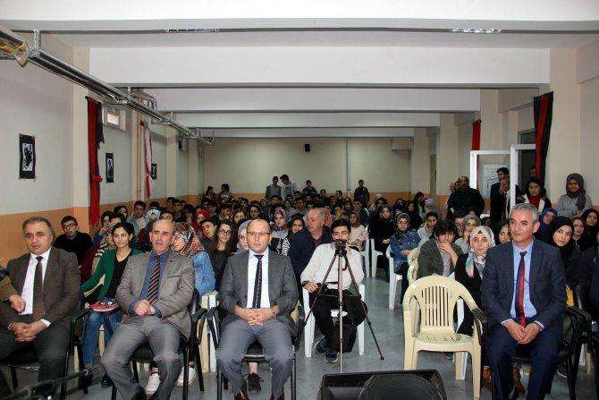 """Suşehri'nde """"Veysel Gider Adı Kalır"""" programı"""