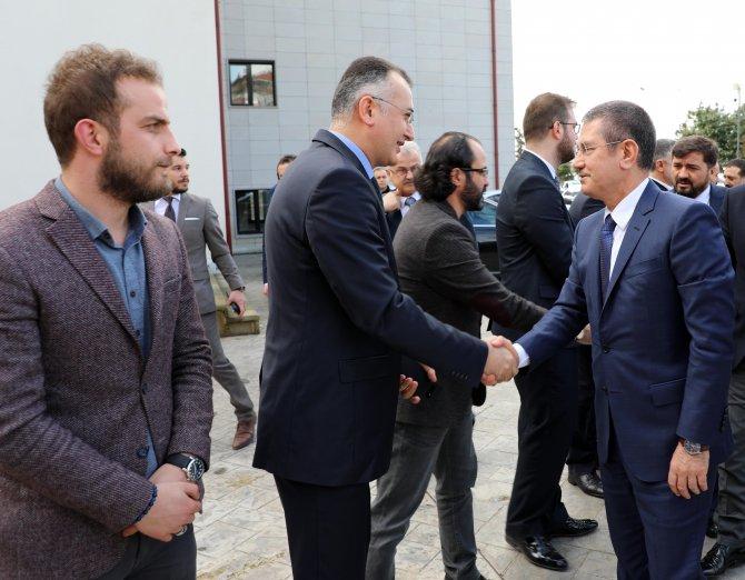 """""""Şehadete yürümeyi mutluluk kabul eden Türk milletiyle baş edemezsiniz"""""""