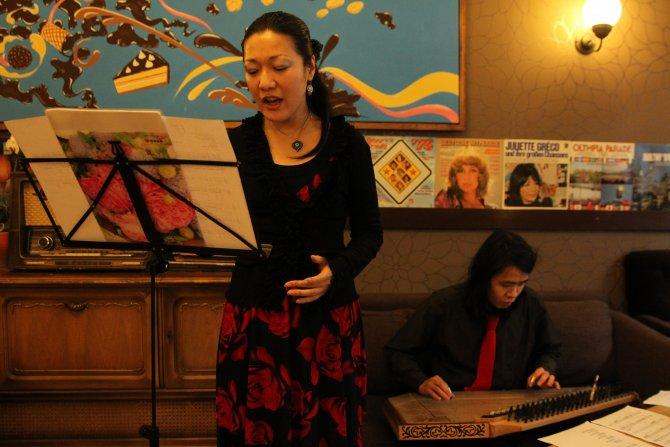 Japon müzisyenlerden Berlin'de Türk sanat müziği