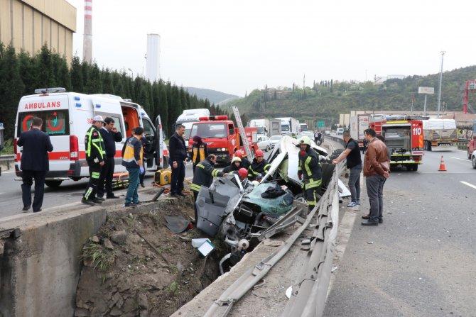 GÜNCELLEME - Kocaeli'de trafik kazası