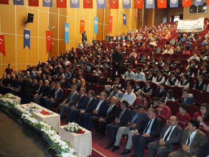 Sivas'ta ortaokullar arası bilgi yarışması finali