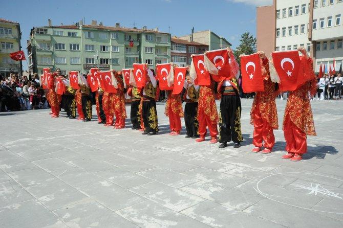 """İç Anadolu'da """"23 Nisan"""" renkli etkinliklerle kutlandı"""
