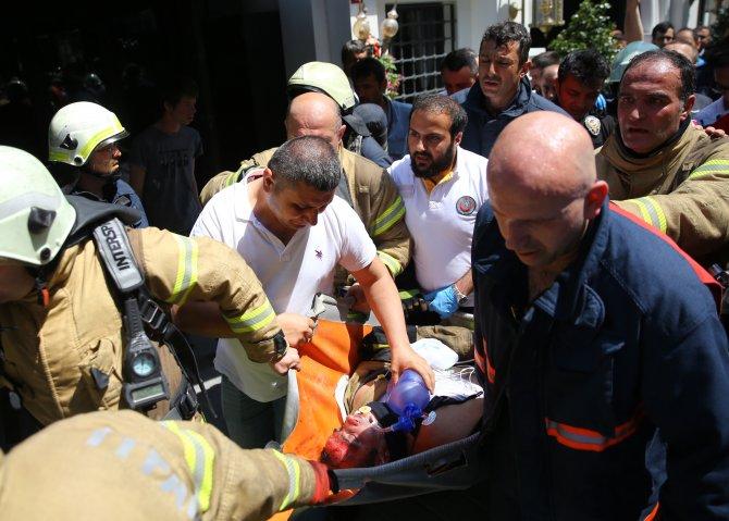 GÜNCELLEME 3- Fatih'te otelde yangın