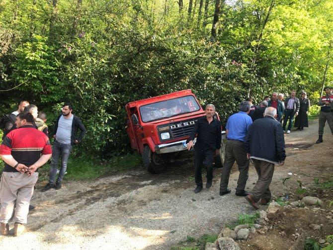 Öğrencilerin bulunduğu kamyonetin freni boşaldı: 23 yaralı