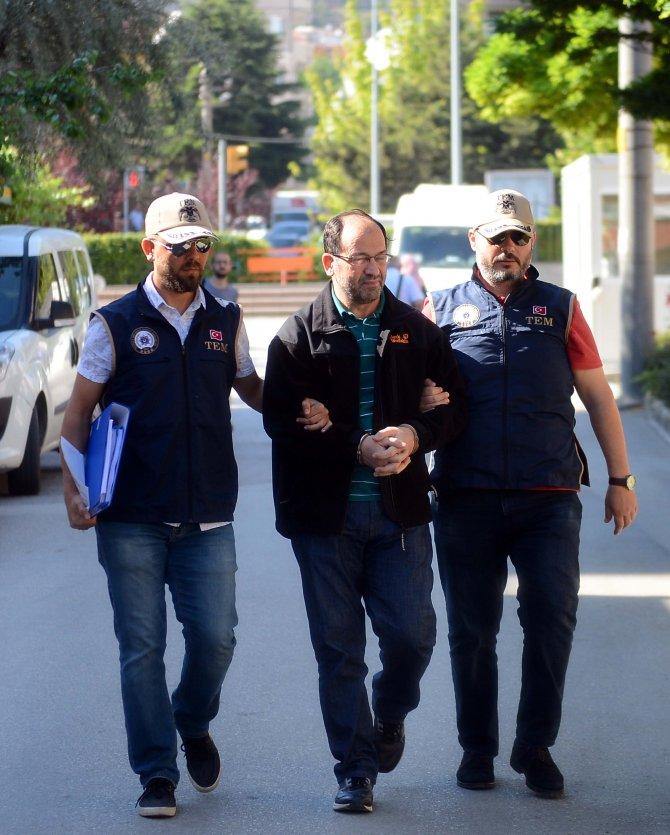 """GÜNCELLEME - FETÖ'nün """"altın çocuğu""""na polis operasyonu"""