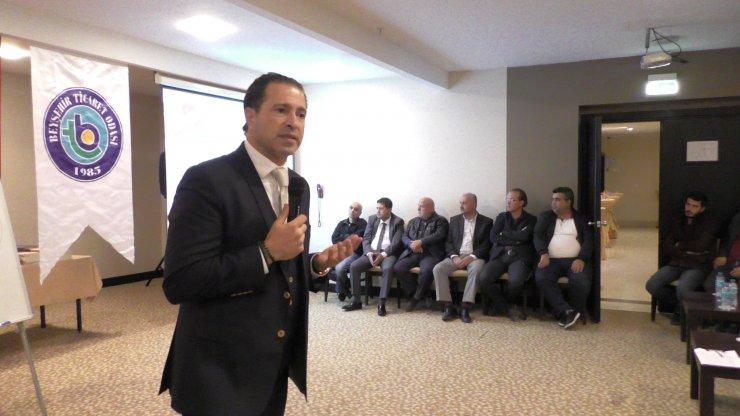 Beyşehir'de başarıya giden yol anlatıldı