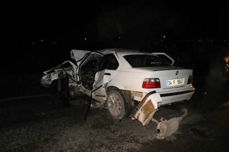 GÜNCELLEME - Iğdır'da iki otomobil çarpıştı: 7 yaralı