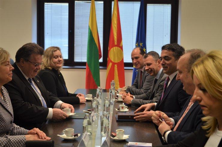 Litvanya Dışişleri Bakanı Linkevicius Makedon mevkidaşıyla görüştü