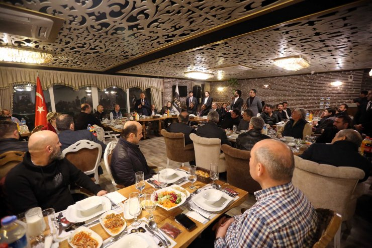 Başkan Fethi Yaşar esnafla buluştu
