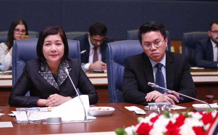 Gündoğdu, Tayland'ın Ankara Büyükelçisi ile görüştü