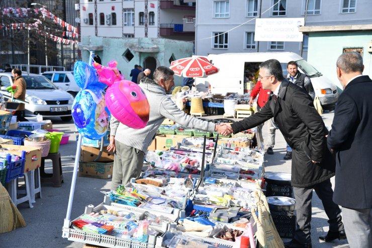 MHP'den pazar ziyareti