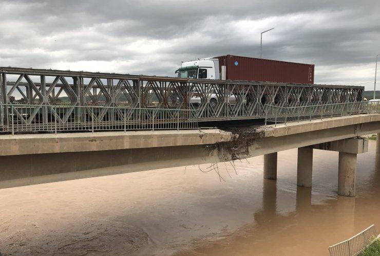 Kerkük-Erbil karayolu üzerindeki köprü çökme riskiyle karşı karşıya