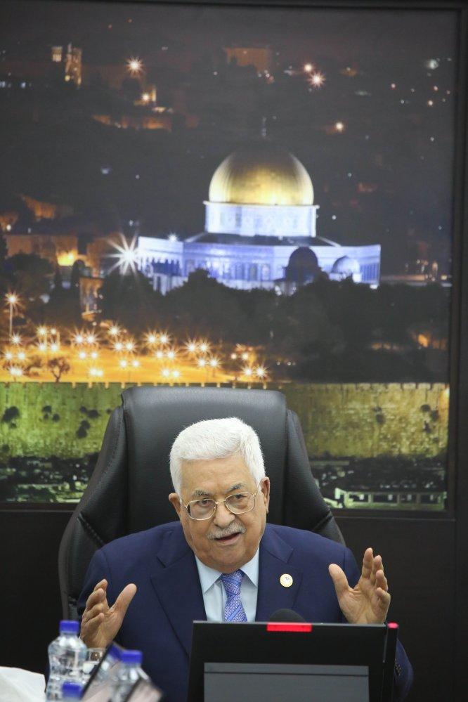 Abbas, İsrail'in kesintili vergi ödeneğini teslim almayacaklarını yineledi
