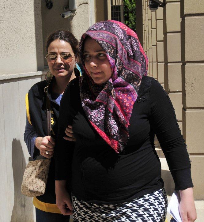 GÜNCELLEME - Adana'da hamile kadın bıçakla öldürüldü