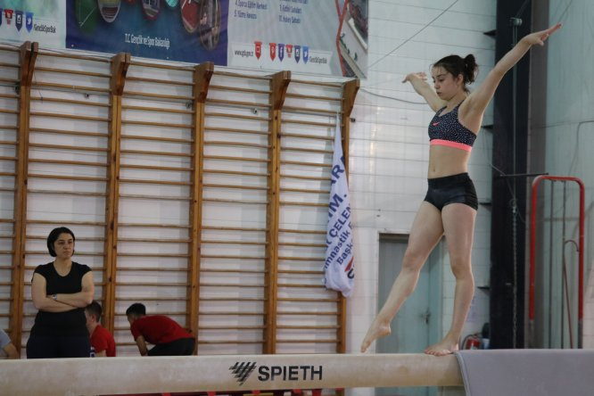 Milli cimnastikçiler Dünya Şampiyonası'na Bolu'da hazırlanıyor