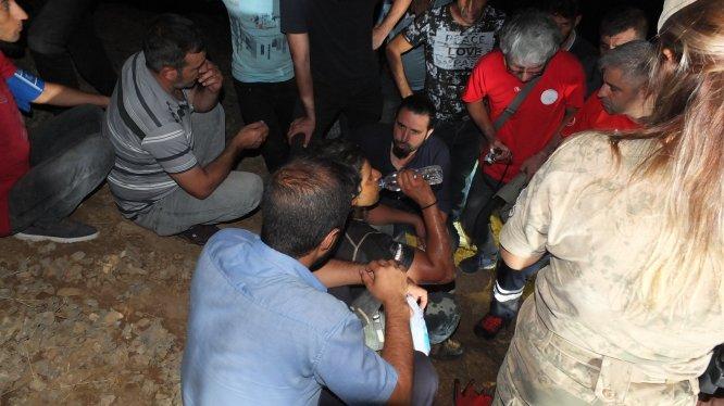 GÜNCELLEME - Elazığ'da mağaradaki 5 kişi kurtarıldı