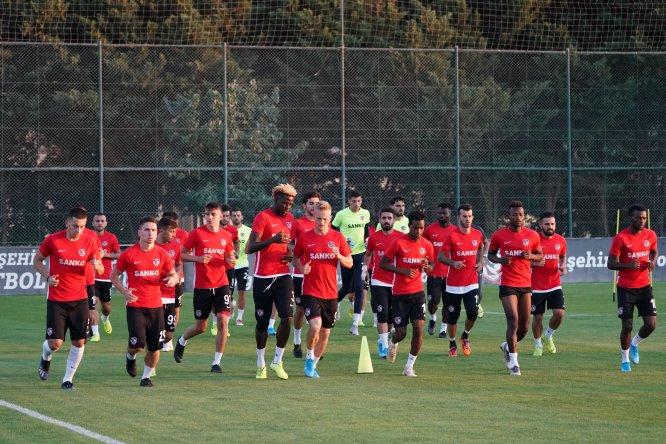 Gazişehir Gaziantep'te Gençlerbirliği maçı hazırlıkları