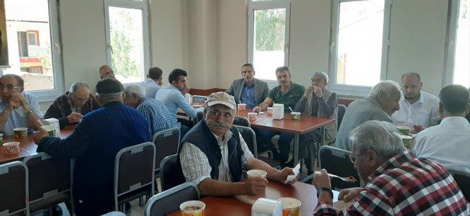 Rıza Ünal Kültür ve Cemevi'nden aşure ikramı