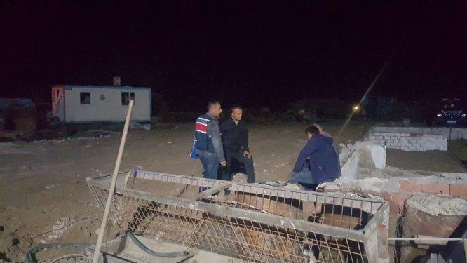 Sakarya'da nehre düşen iki kişiden biri kaldırıldığı hastanede öldü