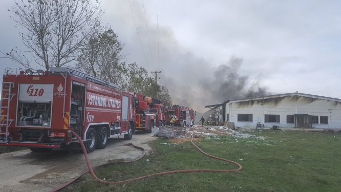 GÜNCELLEME - Çatalca'da fabrika yangını