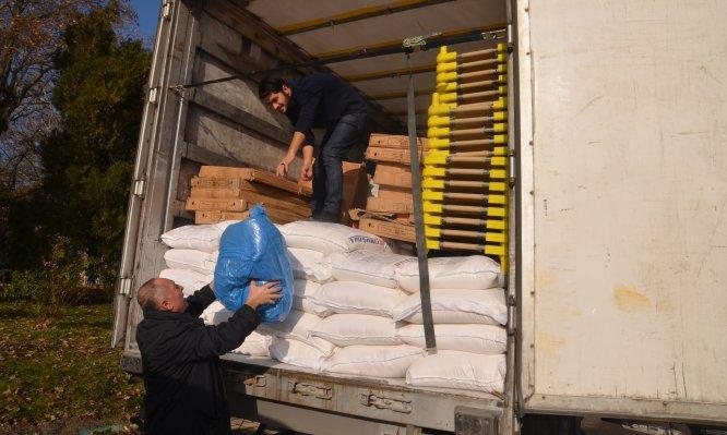 Kütahyalı hayırseverlerden Suriye'ye insani yardım