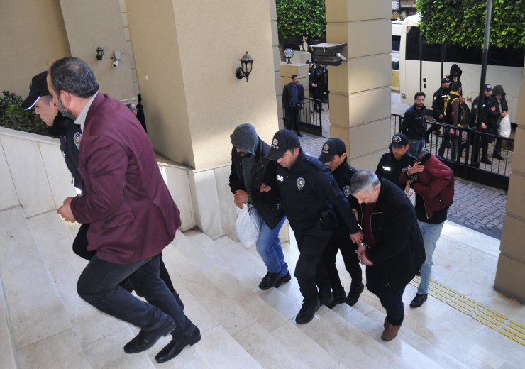 GÜNCELLEME - Adana merkezli sigorta dolandırıcılığı operasyonunda 13 zanlı tutuklandı