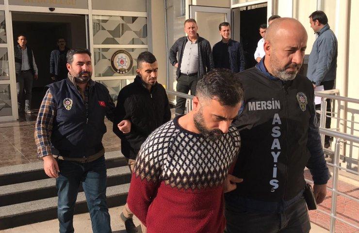 Mersin'de 8 iş yerinden hırsızlık yaptığı iddiasıyla 2 zanlı tutuklandı
