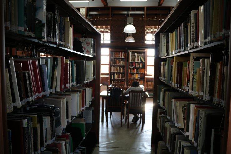 """""""Troya aşığı"""" Alman profesörün kitapları genç arkeologlara ışık tutuyor"""