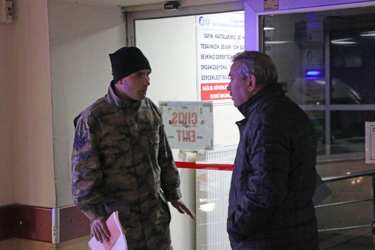 GÜNCELLEME - Kütahya'da 74 asker gıda zehirlenmesi şüphesiyle hastaneye kaldırıldı