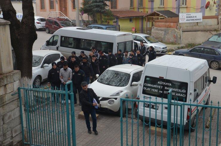 FETÖ'nün askeri mahrem yapılanmasına yönelik operasyonda 9 zanlı tutuklandı