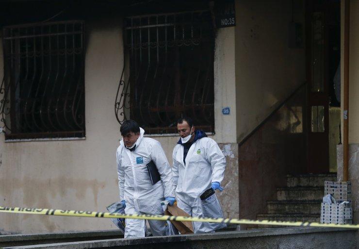 GÜNCELLEME 2 - Ankara'da bir apartmanda çıkan yangında 4 kişi öldü