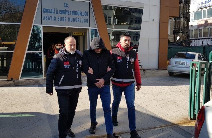 GÜNCELLEME - Kocaeli'de fuhuş operasyonunda yakalanan 2 şüpheli tutuklandı