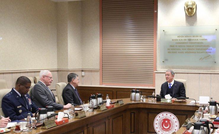 Milli Savunma Bakanı Hulusi Akar, ABD Suriye Özel Temsilcisi James Jeffrey'i kabul etti