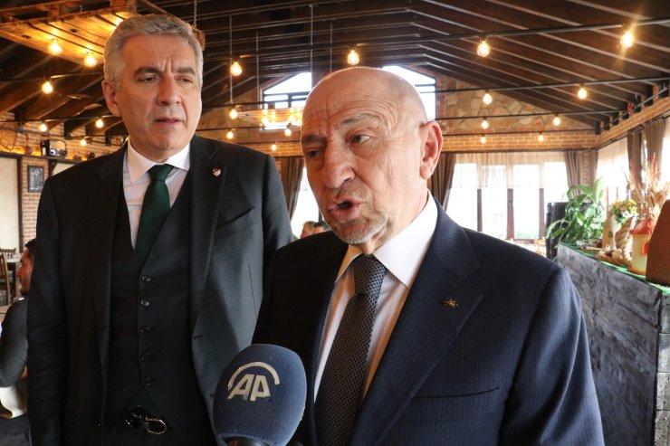 """TFF Başkanı Özdemir: """"Futbol takımlarımızın hiçbir hakkı ziyan olmaz"""""""