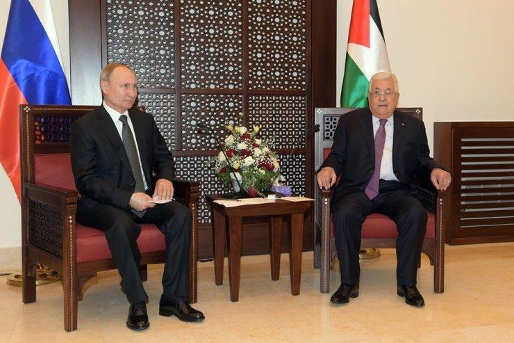 Putin, Filistin Başbakanı Mahmud Abbas ile görüştü