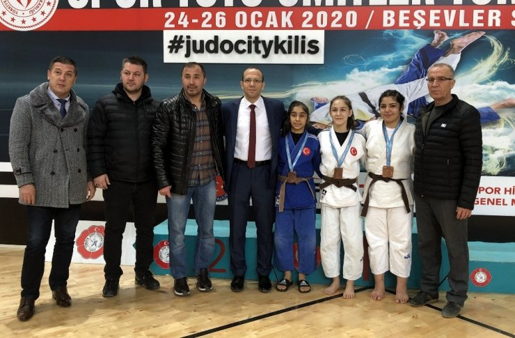 Manisa Büyükşehirin 3 judocusu, Ümitler Avrupa Kupasına katılacak